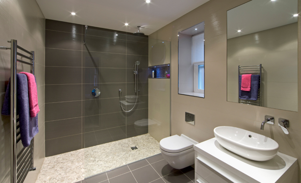 bathroom and kitchen builders